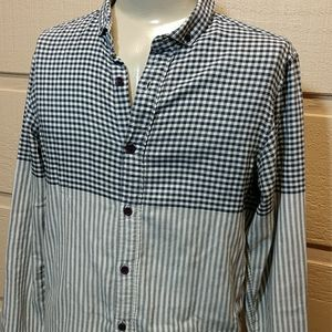 2/$40-O'Neill tailored button down shirt M